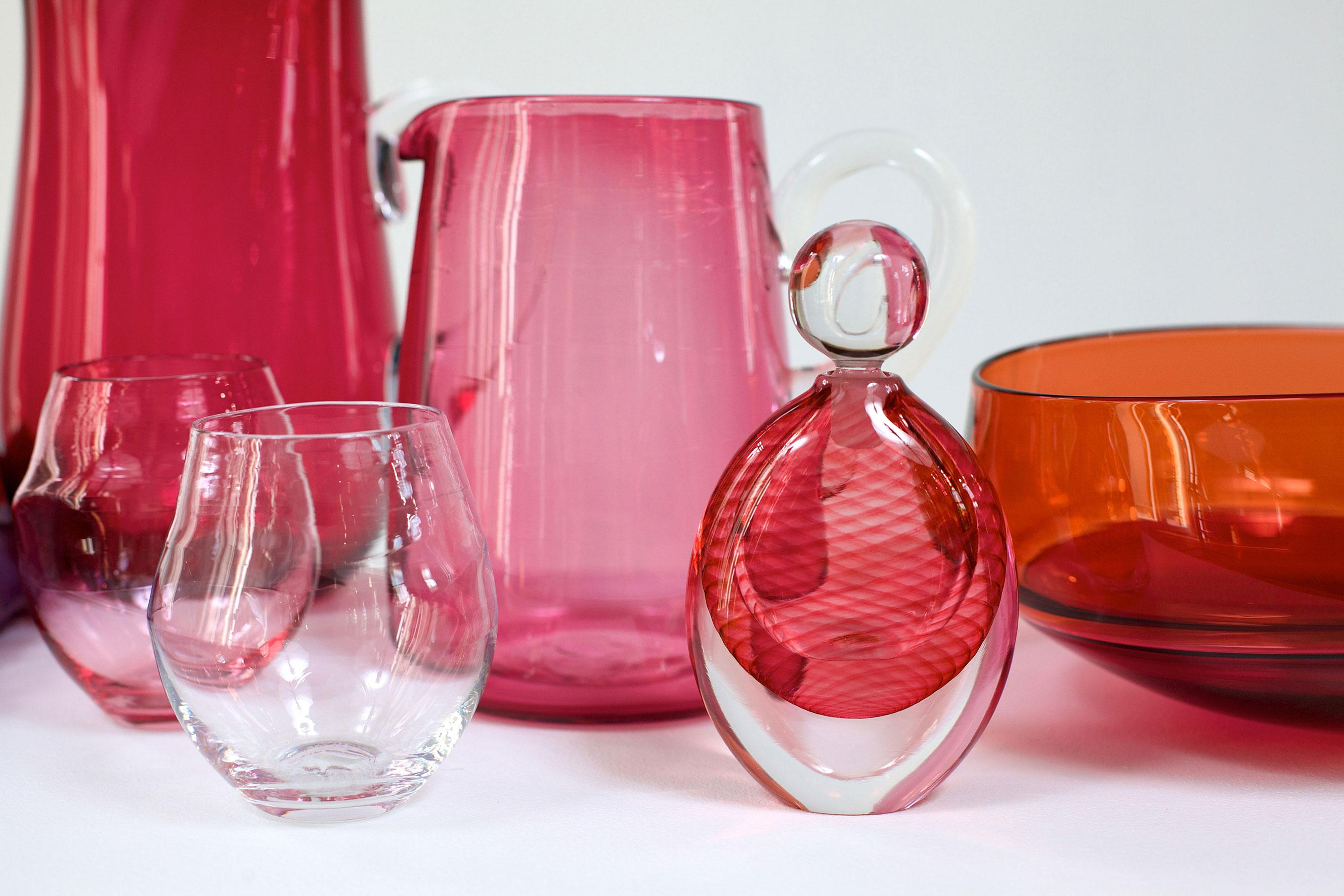 Glassware by Michael Ruh and Stewart Hearn. Courtesy of CAA