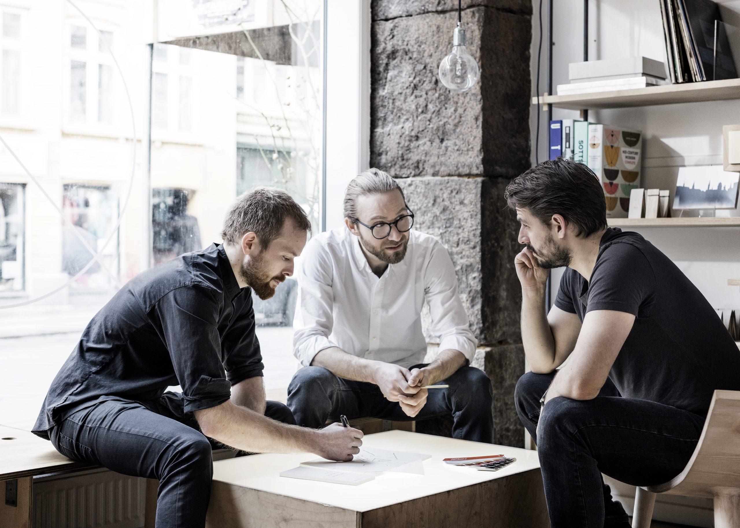 Anders Thams, Nicholas Oldroyd & Martin D. Christensen