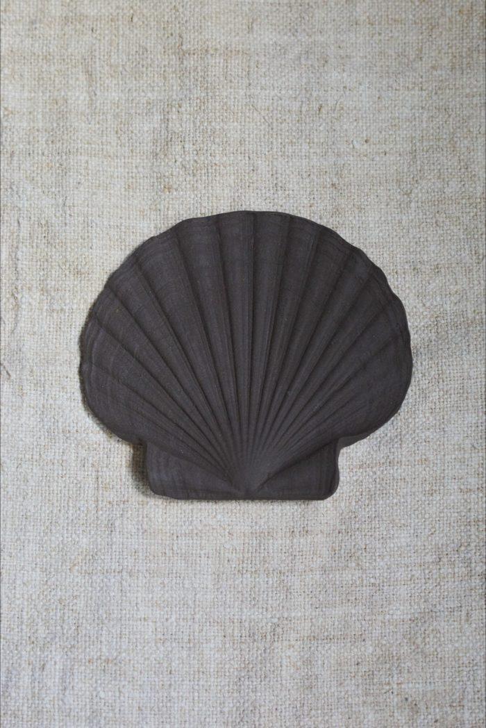 Sarah Maingot - Scallop Shell 01
